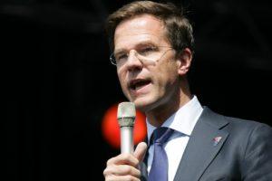 1/19 害一萬多戶家庭破碎,荷蘭總理宣布內閣總辭