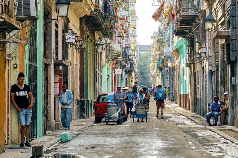 7/14 敏迪要打疫苗了!古巴數十年來罕見示威,共產要垮了嗎