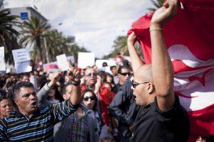 7/28 突尼西亞怎麼了?阿拉伯世界的唯一民主國家,遇到亂流了嗎