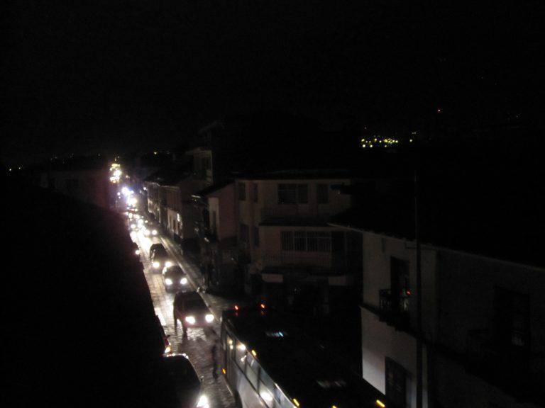 9/28 中國限電多嚴重?連紅綠燈都關了!